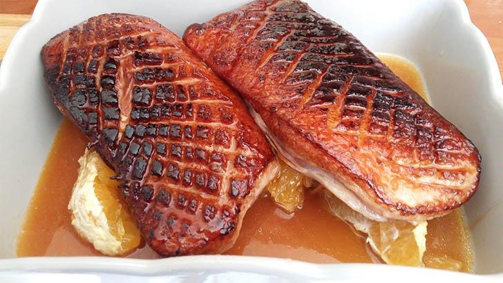 Magret de canard à l'orange et sauce soja sucrée