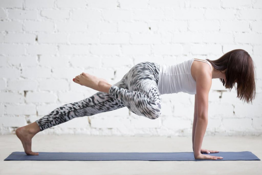 3 types de planches pour réduire la taille, tonifier le ventre, les jambes et les fesses